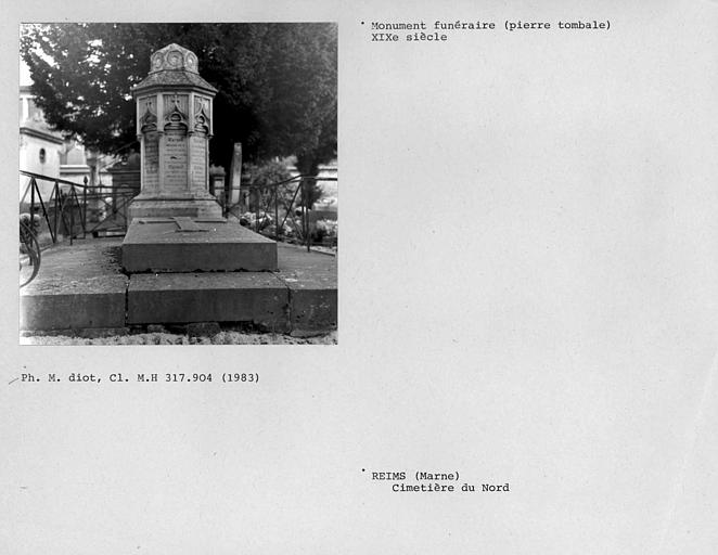 Tombe de Loyans