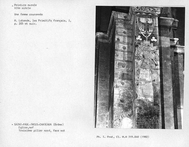 Face est du troisième pilier nord de la nef : une femme couronnée