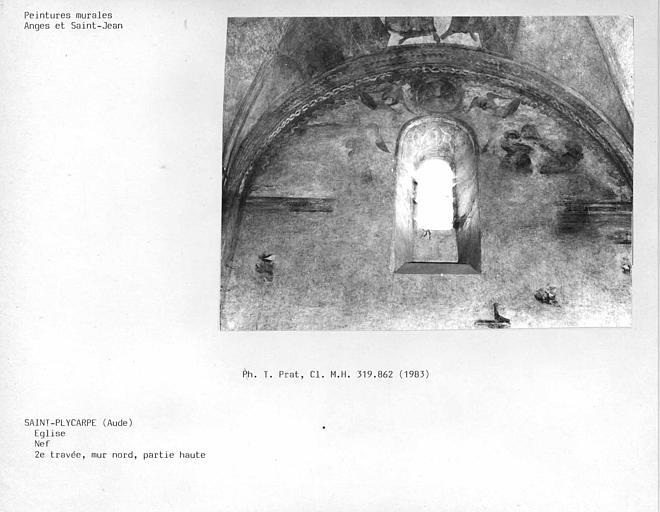 Partie haute du mur nord de la deuxième travée : anges et Saint-Jean