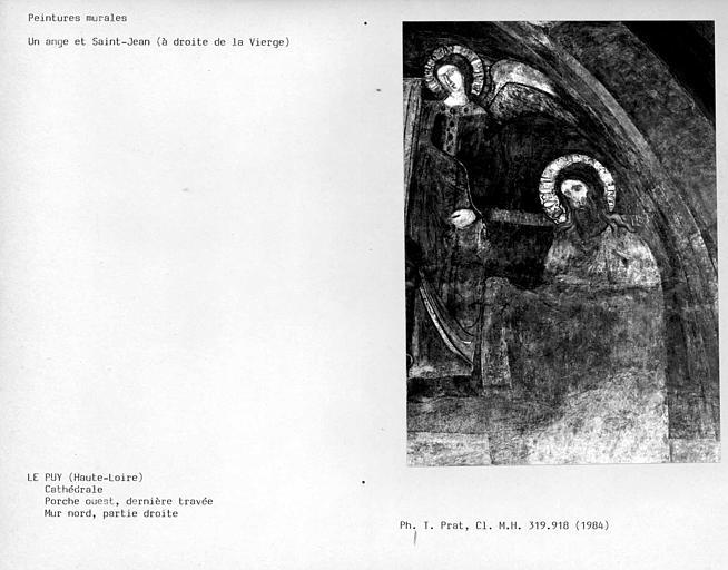Partie droite du mur nord de la dernière travée du porche ouest : un ange et Saint-Jean
