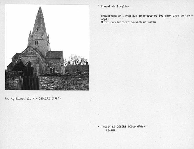 Couverture en laves sur le choeur et les deux bras du transept