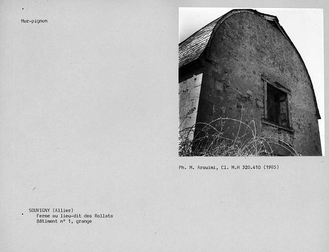 Couverture d'ardoises du bâtiment n°1, mur pignon