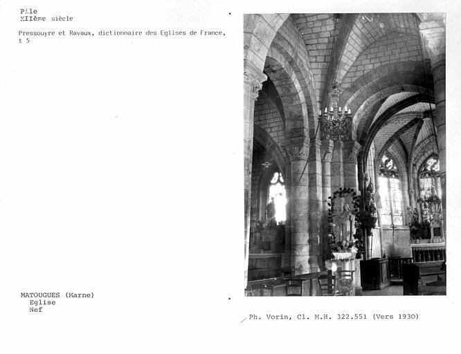 Intérieur de la nef, piles de la croisée du transept et choeur