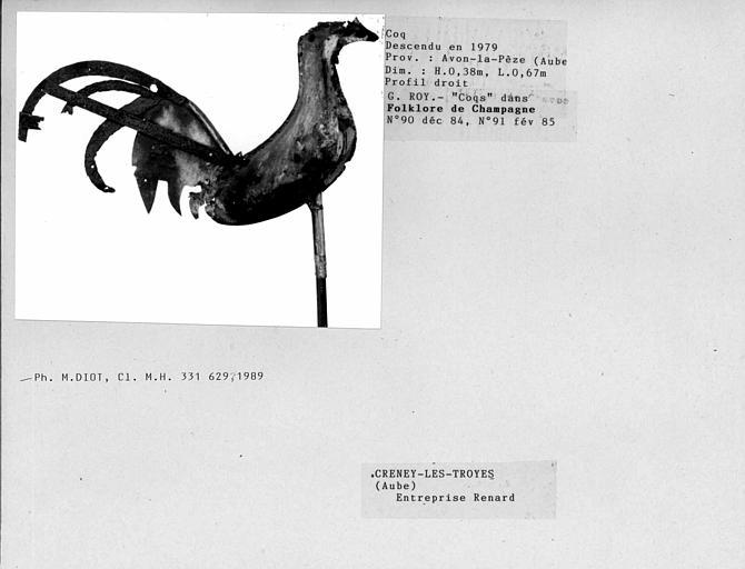 Profil droit du coq, descendu en 1979