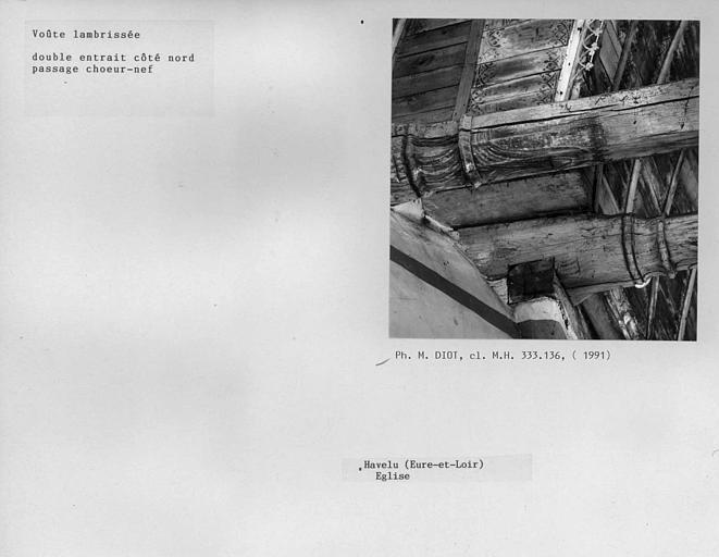Charpente lambrissée, double entrait côté nord, passage entre le choeur et la nef