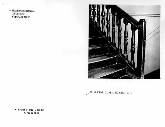 Escalier de charpente, départ, deuxième palier