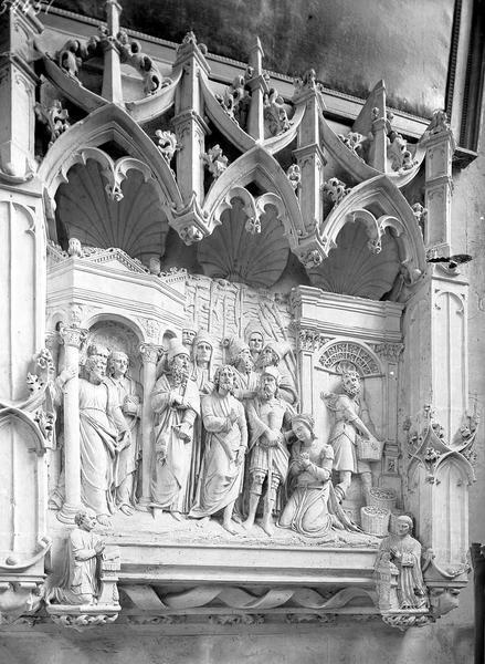 Chapelle du bas-côté nord, bas-relief: la femme adultère