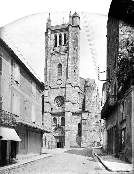 Ancienne cathédrale, actuellement église Saint-Pierre