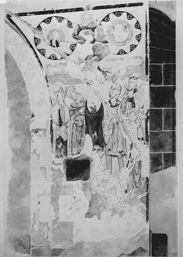 Relevé de peintures murales à droite de l'arcade centrale : la Crucifixion