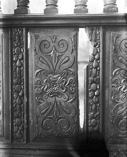 Elément décoratif de balustrade, en bois, manque au milieu