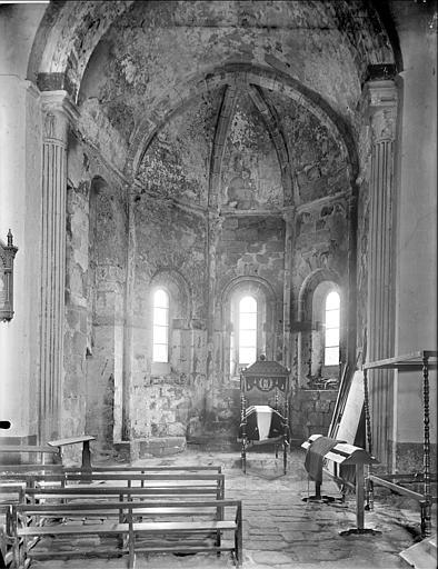 Vue intérieure de la chapelle absidale sud