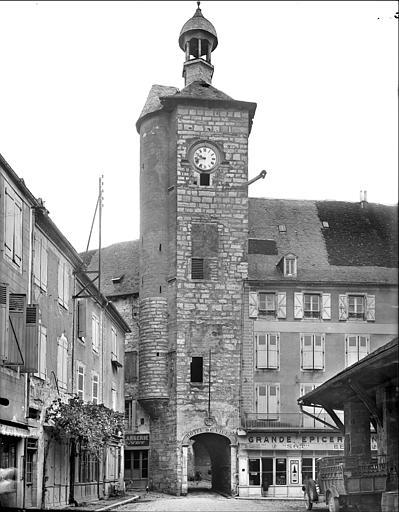 Ancien hôtel de la Raymondie, actuel hôtel de ville