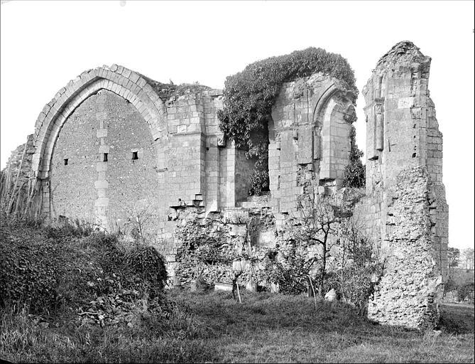 Chapelle (ruines) : vue intérieure du choeur
