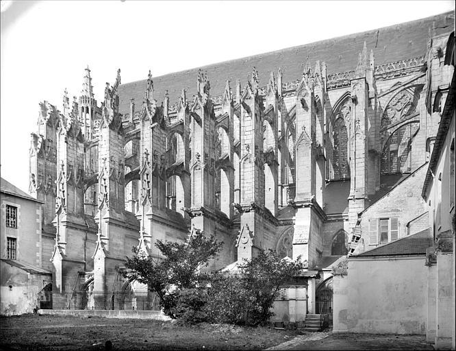 Eglise : façade sud