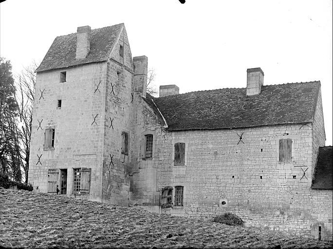 Bâtiment principal : façade extérieure, côté est