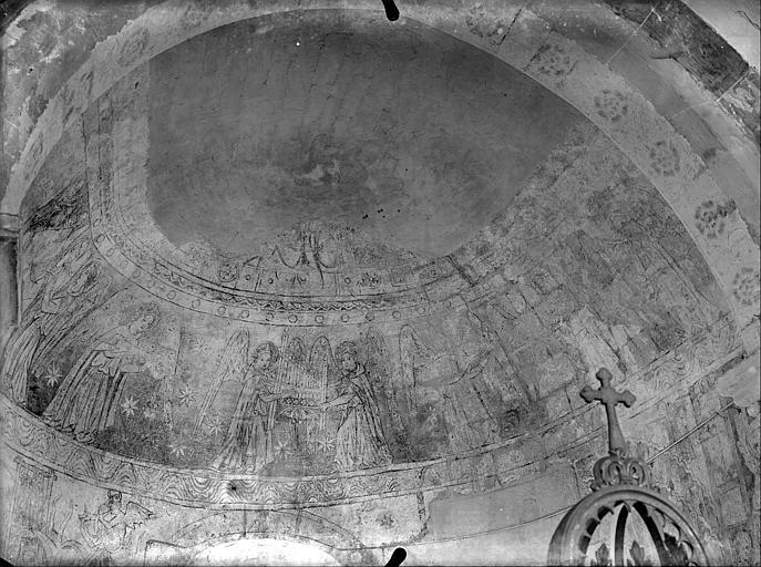 Peintures murales de la voûte en cul-de-four : anges musiciens