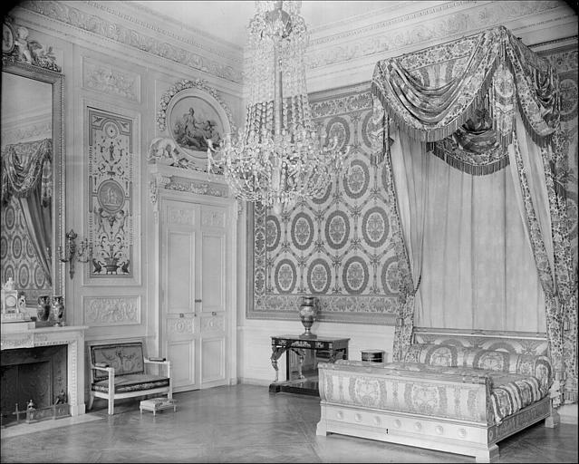 Appartement de la Reine puis du roi de Rome : chambre à coucher de la Reine
