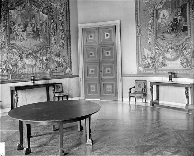 Appartement de l'Impératrice : salle à manger de l'Impératrice ou Salon de stuc