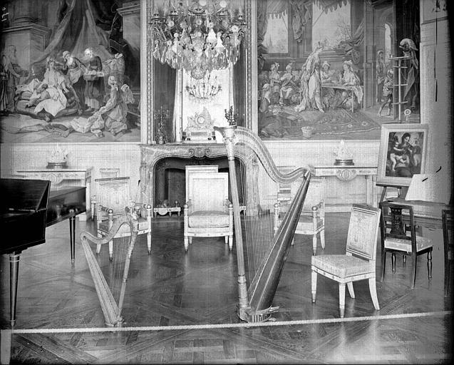 Appartement de l'impératrice : intérieur du salon de musique