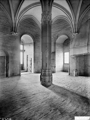 Donjon, salle du troisième étage