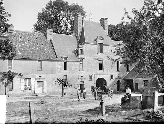 Ensemble de bâtiments du château
