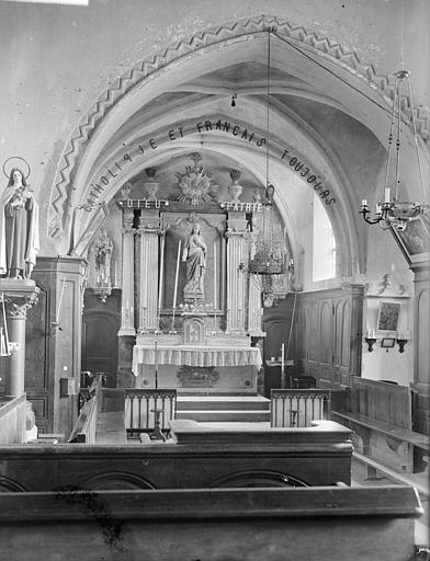 Chapelle, autel du Sacré-Coeur