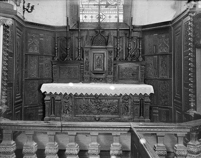 Choeur : maître-autel sculpté