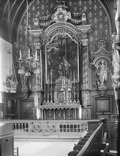 Choeur : maître-autel, Tableau de l'Adoration des mages, statue de saint Jean