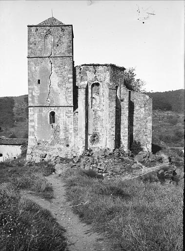 Ensemble : abside, clocher