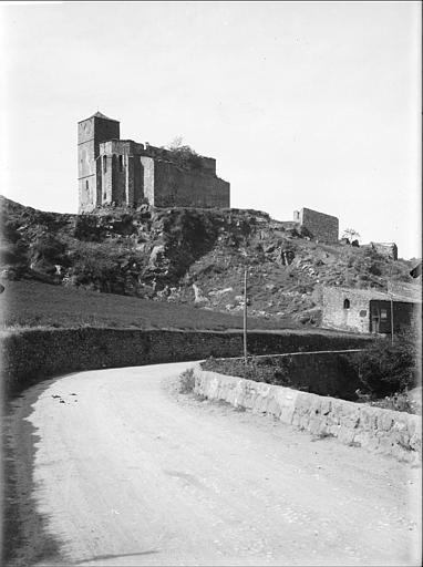 Ruines de l'ancienne église Saint-Pons