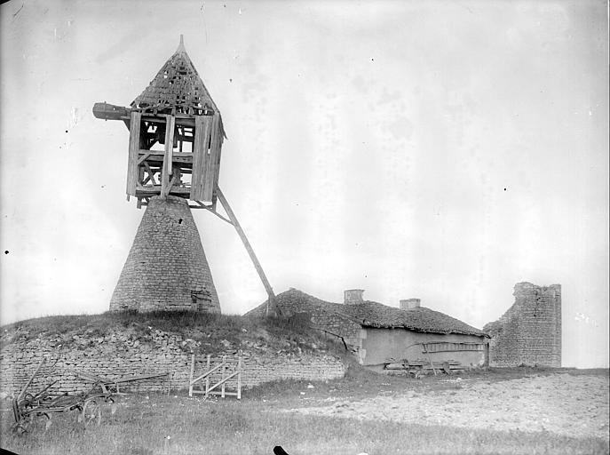 Vue d'ensemble du moulin : moulin, bâtiment