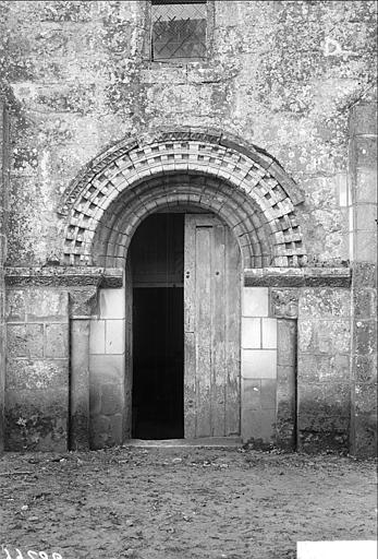 Porte nord de la nef