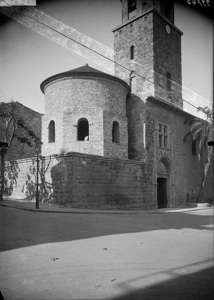Le baptistère et le clocher