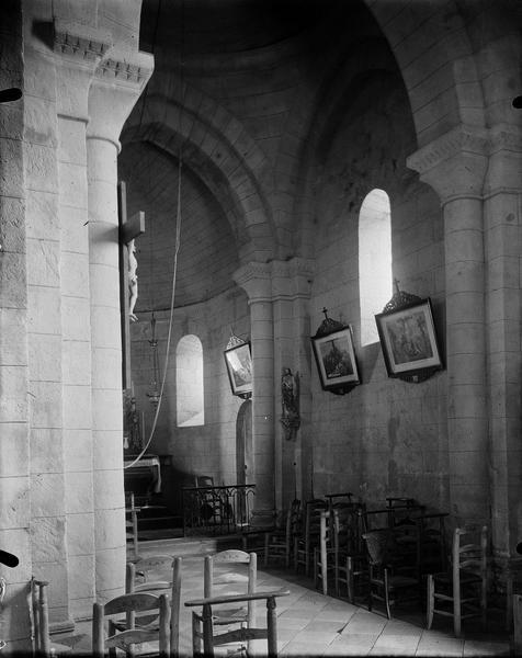 Partie intérieure de la nef et du choeur côté sud