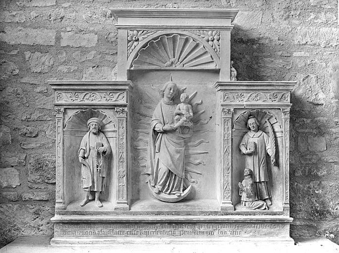 Retable, bas-reliefs