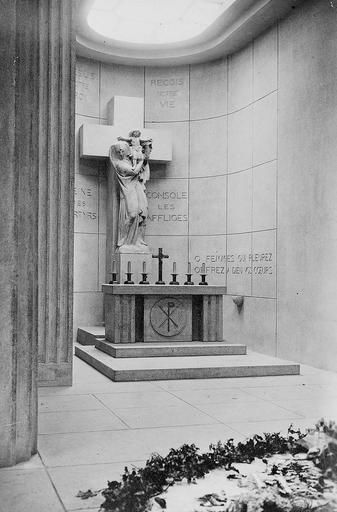 Autel de la chapelle  protestante