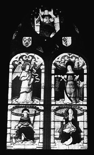 Panneau de vitrail : Christ en Majesté, Annonciation, saint Roch et saint évêque