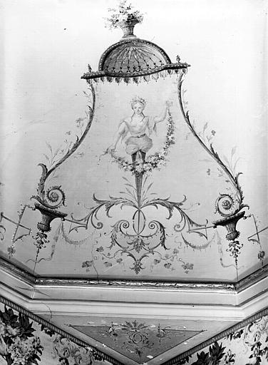 Plafond peint de la 1e pièce (détail) : femme