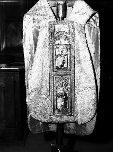 Chasuble, étole, manipule et bourse de corporal de Nicolas de Fiesque, archevêque d'Embrun