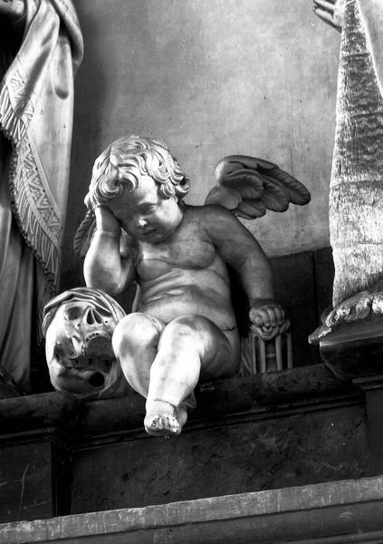 monument funéraire de Guilain Lucas, chanoine d'Amiens