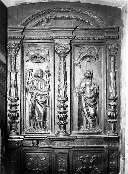 Vantail de la porte d'une sacristie : l'Annonciation