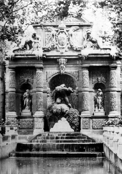 Fontaine Médicis