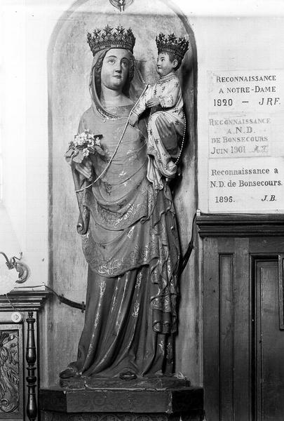 Statue en bois doré : Vierge à l'Enfant
