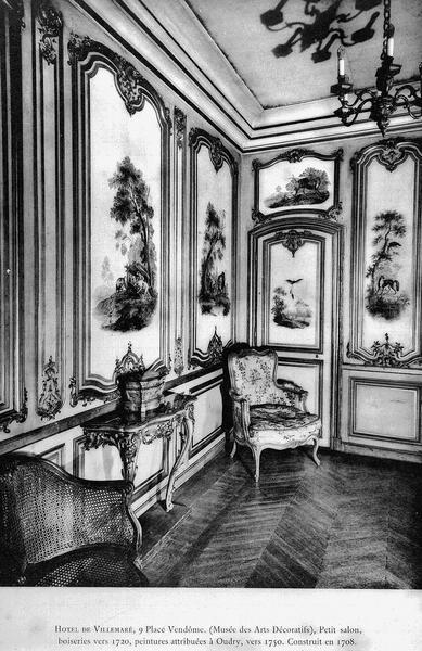 Vue intérieure du petit salon