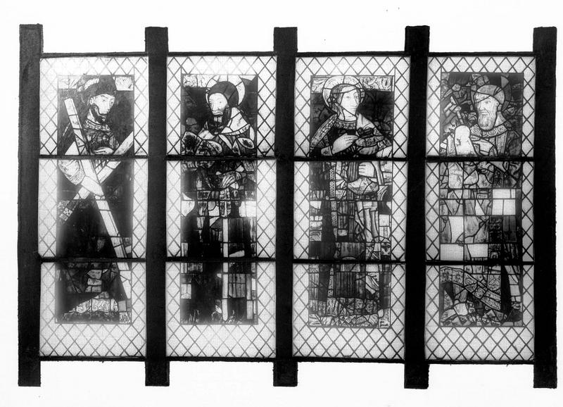 Verrière : quatre figures de saint (baie 8)