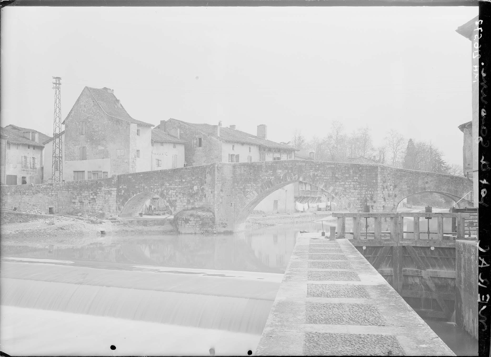 Pont sur la Baïse (vieux)