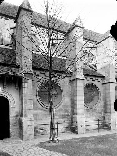 Église paroissiale Saint-Denys.