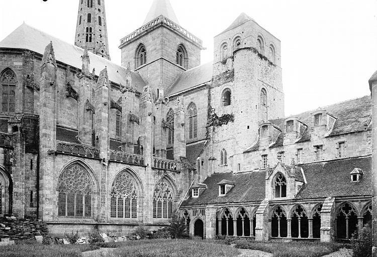 Ancienne cathédrale Saint-Tugdual et cloître