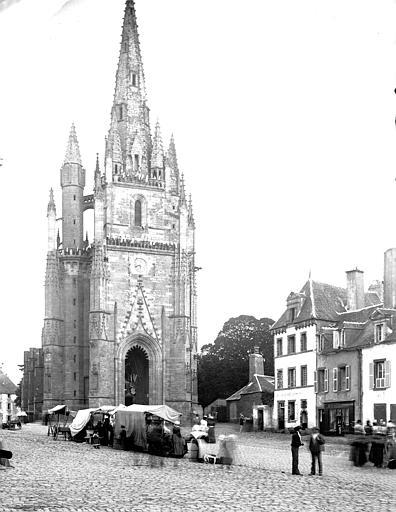 Eglise Notre-Dame-de-Paradis et ses abords