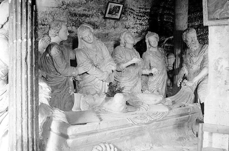 Fragments de groupe sculpté : Mise au tombeau